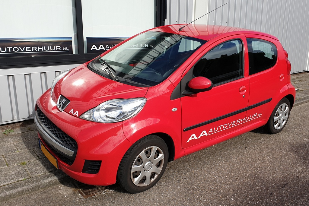 Peugeot 107 AA Autoverhuur Voorschoten budget auto verhuur